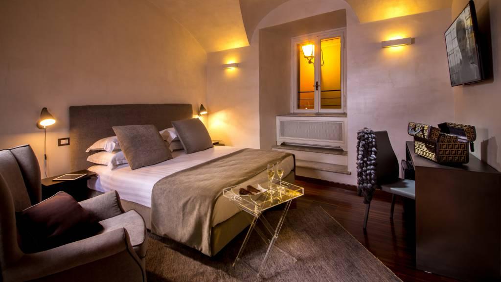 palazzo-de-cupis-rome-suite6
